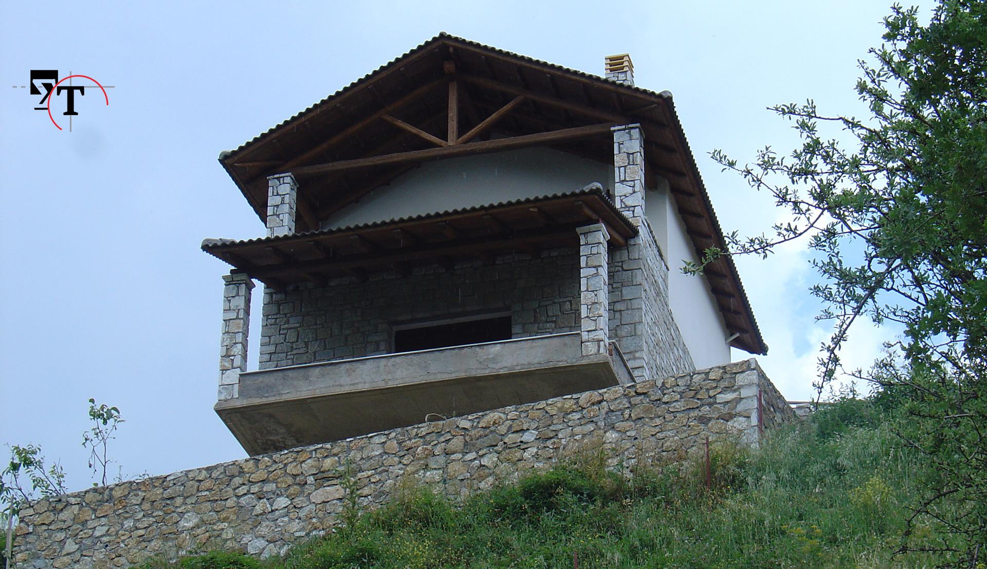 Διώροφη οικοδομή με υπόγειο - Τεχνικά γραφεία Αχαΐα